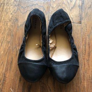 Torrid black flats cap toe